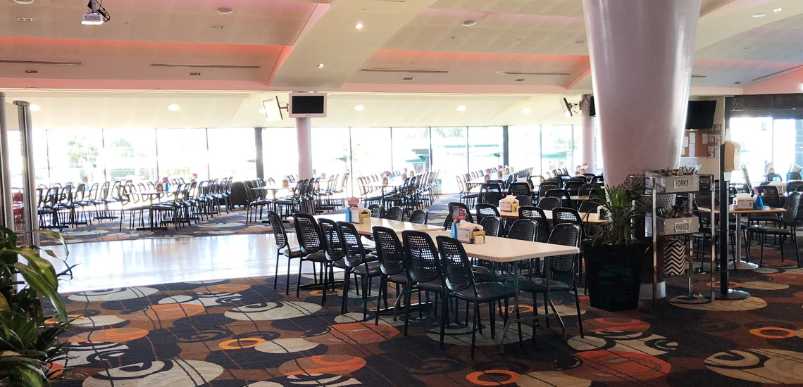 Lunch and Dinner seating area in Caloundra Club